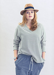 Knipmode 1501 - 27 Sweater