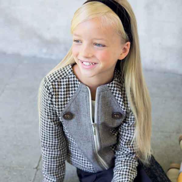 Knippie 0513 - 24 Chanel-achtig Vest