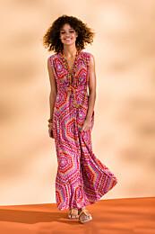Knipmode 1406 - 16 Maxi-dress